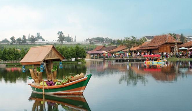 tempat wisata unik di bandung floating market