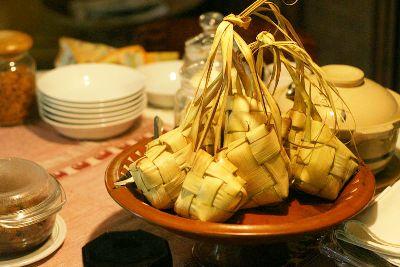 foto ketupat lebaran opor ayam