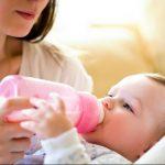 Berencana Membeli Botol Susu Bayi? Coba Perhatikan Hal ini