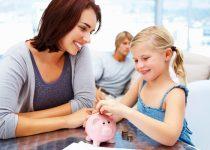 mama pintar mengajari anak mengatur keuangan