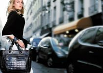 v\tips membeli tas wanita online