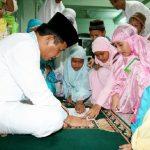 Buku Kegiatan Ramadhan, Misi Berburu Tanda Tangan Pak Ustad